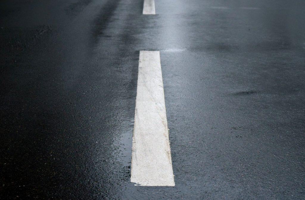 asphalt-3166400_1920